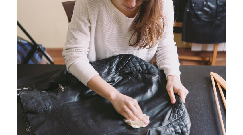 How to Get Wrinkles Out of Leather Jacket?